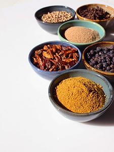 Začini, začin, miris, okus, začinski, kuhati, kuhinja