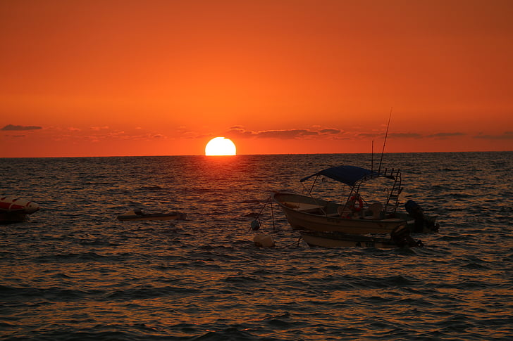 sunset, sunset boat, mexico, fishing boat, beach, beach sunset