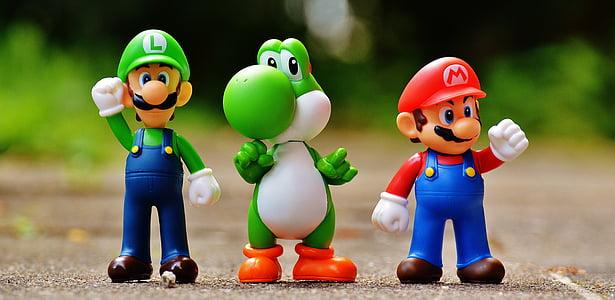 mario, luigi, yoschi, figures, funny, colorful, cute