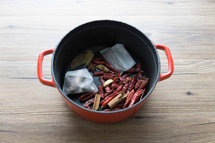 Geschmorte Gewürze, Sternanis, Pelargonien, Essen, Holz - material, Kochen, Gewürz