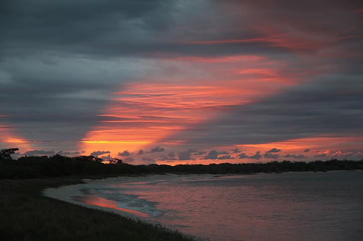 tapeworm, sunset, evening, down, sun's rays, dark, rainy