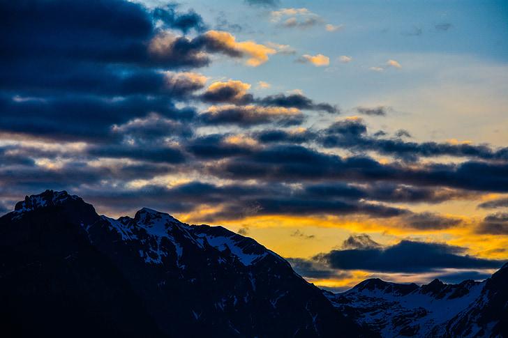 paisatge, muntanyes, pics, cel, núvols, llum del sol, Alba