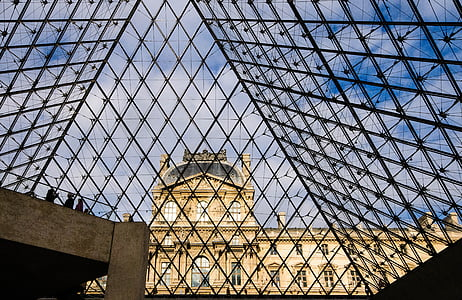 Pariis, Louvre, püramiid, klaasist püramiid, Prantsusmaa, arhitektuur, fassaad