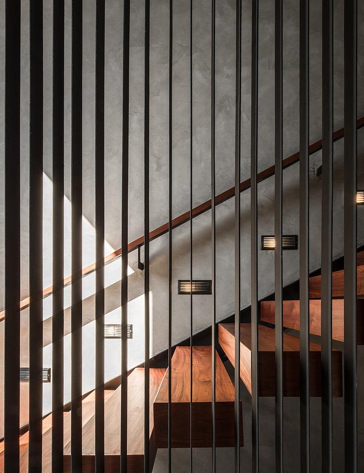 trap, Indoor, door de galerie, binnenshuis, het platform, geen mensen, ingebouwde structuur