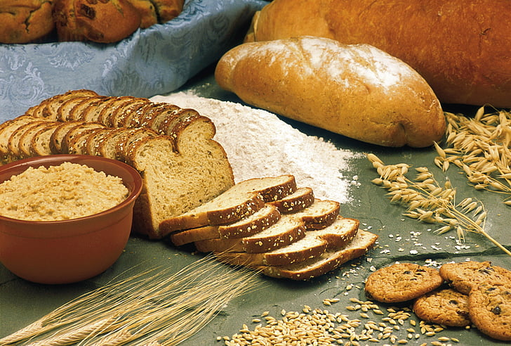 breads, cereals, oats, barley, wheat, flour, whole wheat bread