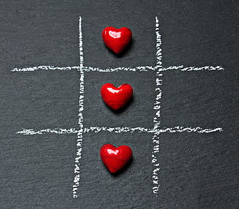 tic tac toe, love, heart, play, ankreuzen, strategy game, two people