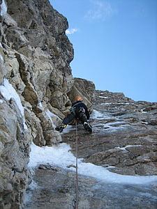 mixed-climbing, ice climbing, climb, climber, alpinism, bergsport, mountaineering